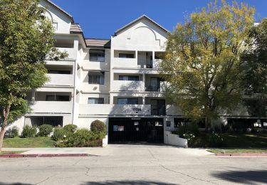 Photo of Just Sold! Beautiful Condominium In Northridge